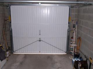 comment calfeutrer une porte de garage fermeture pour la vie. Black Bedroom Furniture Sets. Home Design Ideas